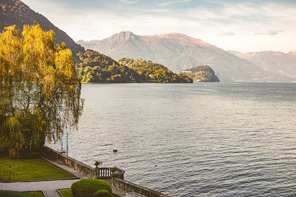 dreamy styled shoot lake como 14