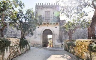 Entrance Dimora delle balze